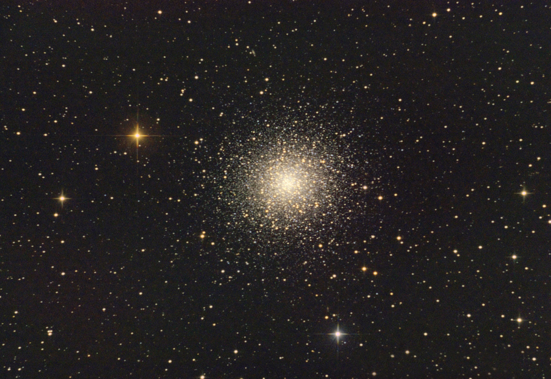 Ammasso globulare dell'Ercole - foto di Corrado Di Noto