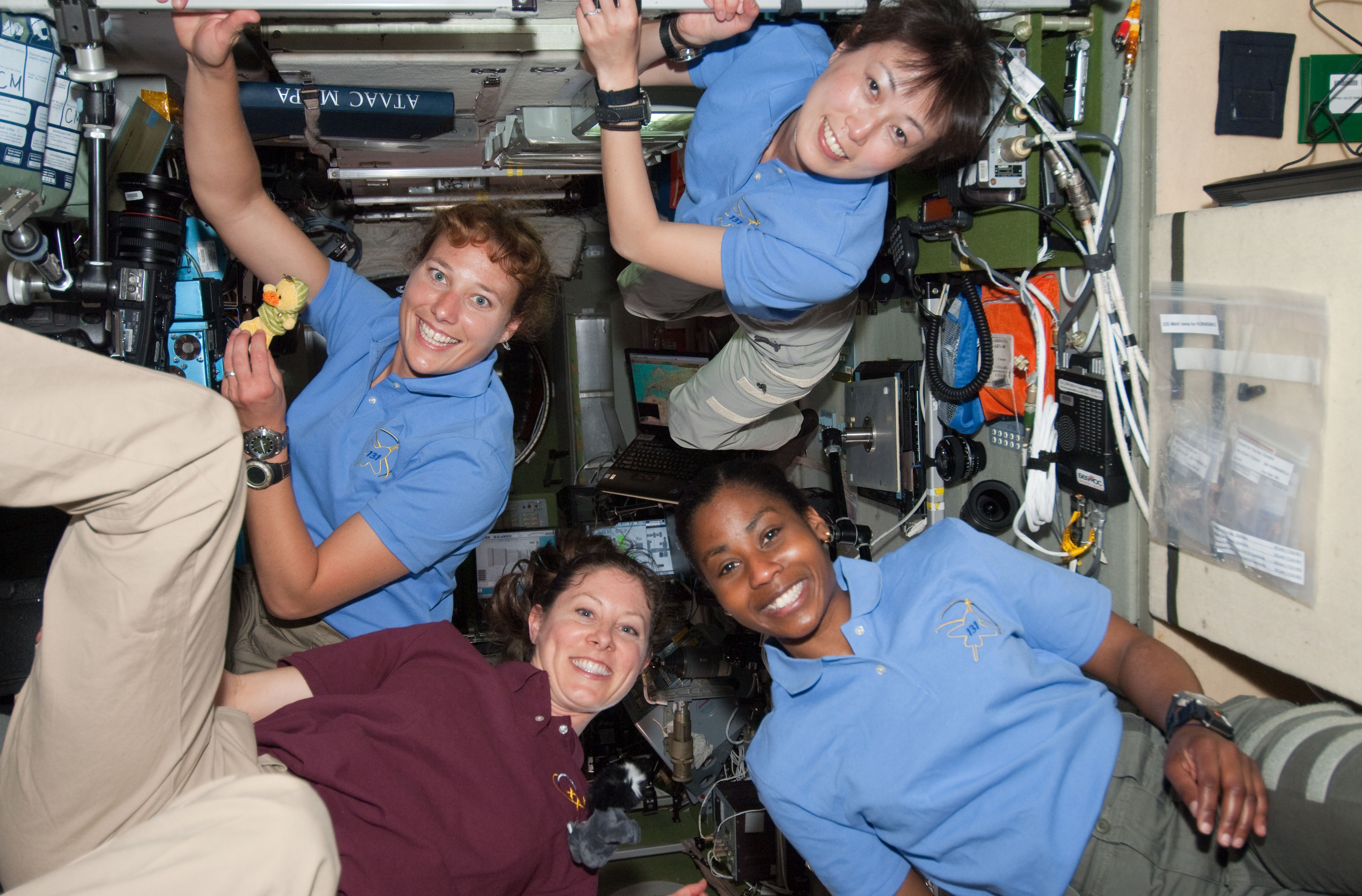 equipaggio femminile a bordo della Stazione Spaziale Internazionale